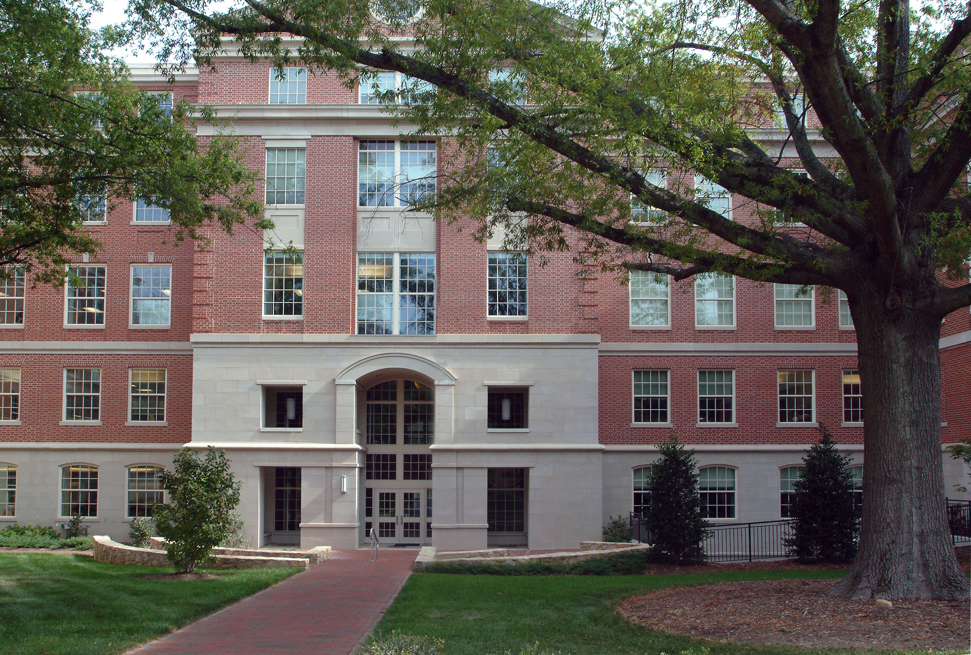 Outside photo of the School of Medicine